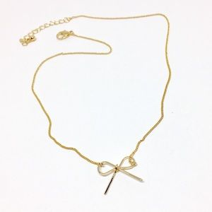 Bow gold chain necklace